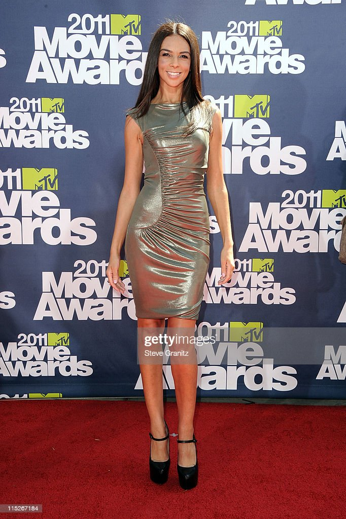 TV Personality Terri Seymour arrives at the 2011 MTV Movie Awards at Universal Studios' Gibson Amphitheatre on June 5, 2011 in Universal City, California.
