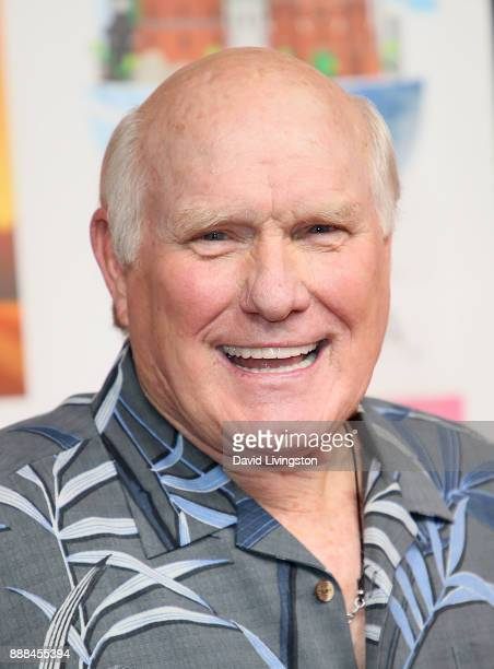 TV personality Terry Bradshaw attends the premiere of NBC's Better Late Than Never at Universal Studios Hollywood on November 29 2017 in Universal...