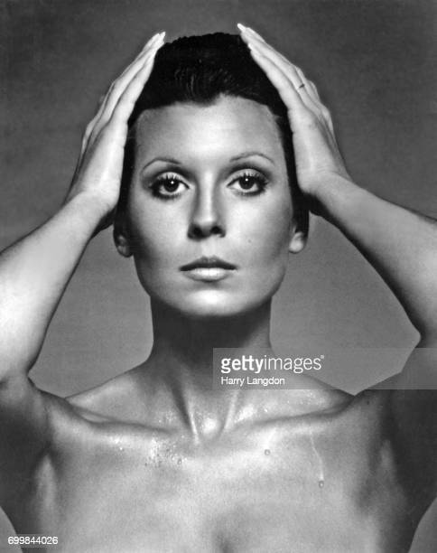 Personality Tina Sinatra poses for a portrait in 1974 in Los Angeles California
