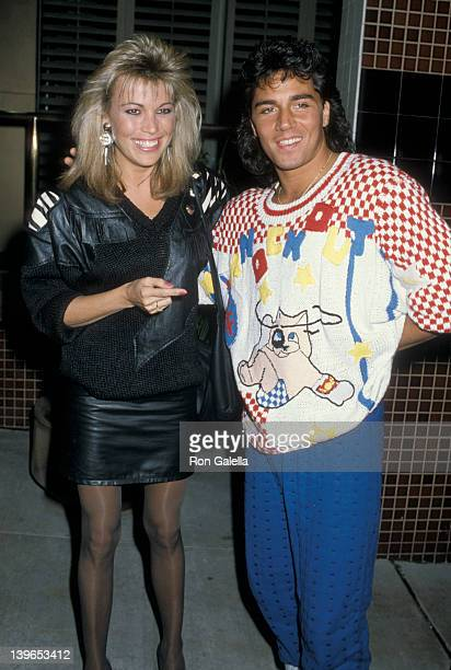 Personality Vanna White and Billy Huffsey being photographed on December 8 1986 at Nicky Blair's Restaurant in Hollywood California