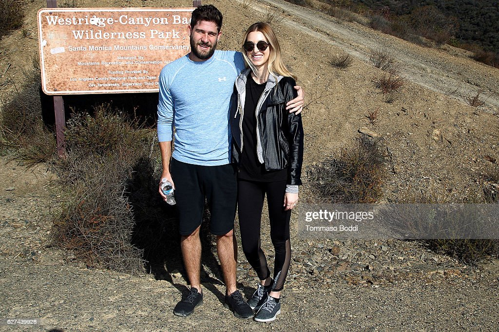 Whitney Port Hikes With Allbirds And Friends