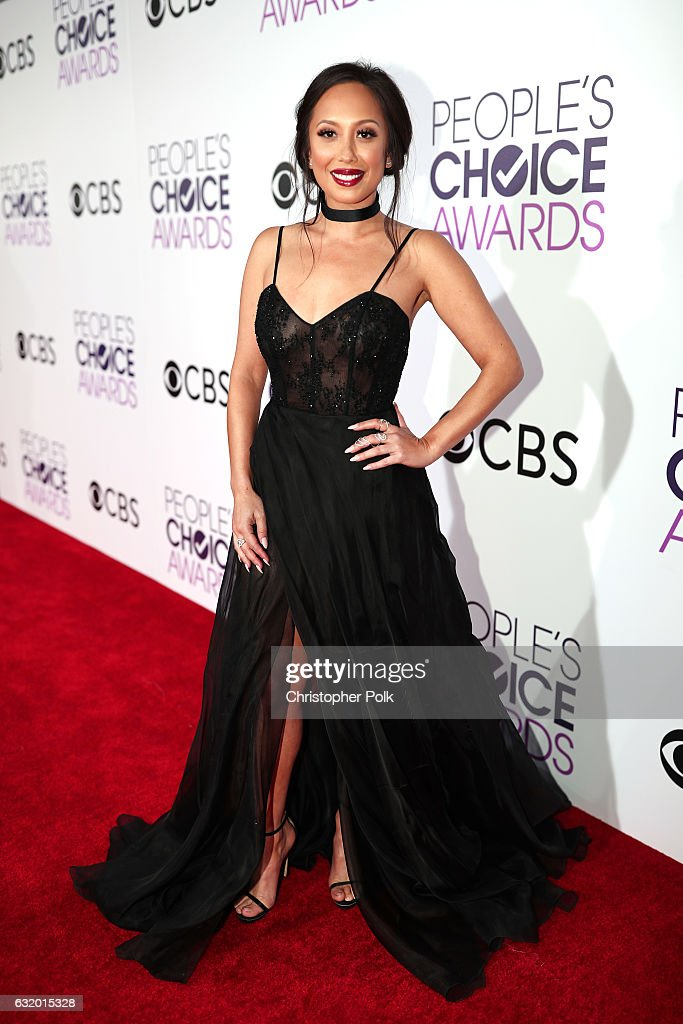 TV personality/dancer Cheryl Burke attends the People's Choice Awards 2017 at Microsoft Theater on January 18, 2017 in Los Angeles, California.