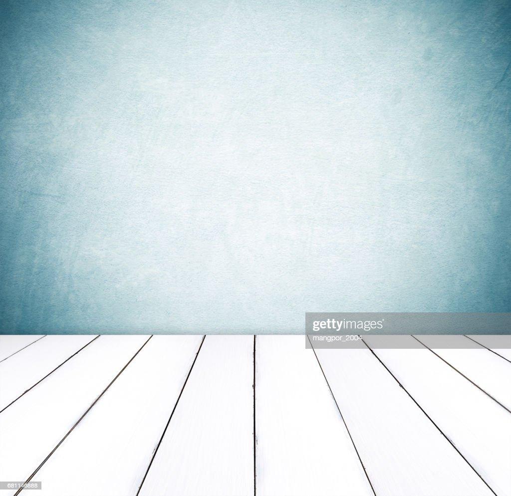 Perspektive Weißem Holz über Blaue Zement Wand Hintergrund Raum Tisch Innenarchitektur Produkt Display Montage Vintage Stil