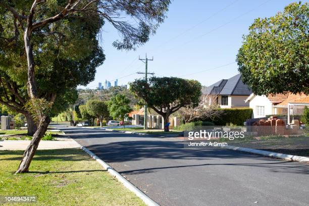 perth city from suburban street. - street stockfoto's en -beelden