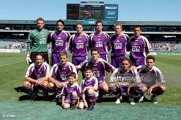 Perth Glory pose for a team photograph before the NSL Finals match between Perth Glory and Adelaide City Force at Subiaco Oval March 28 2004 in Perth...