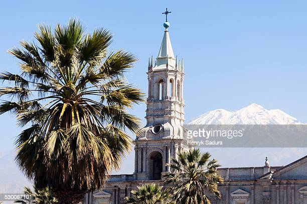 Peru, Arequipa, Basilica Cathedral of Arequipa and El Misti Volcano