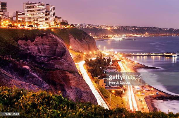 peru, lima, miraflores, cliffs of miraflores at sunset - lima peru fotografías e imágenes de stock