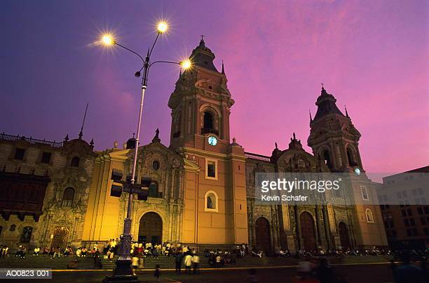 peru, lima, plaza de armas, cathedral illuminated at night - リマ ストックフォトと画像