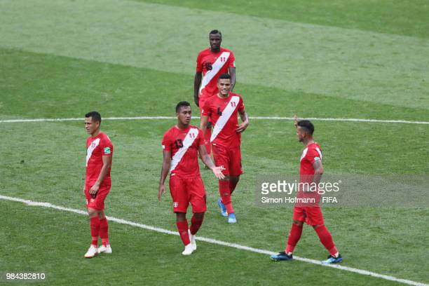 Peru players speak at half time during the 2018 FIFA World Cup Russia group C match between Australia and Peru at Fisht Stadium on June 26 2018 in...