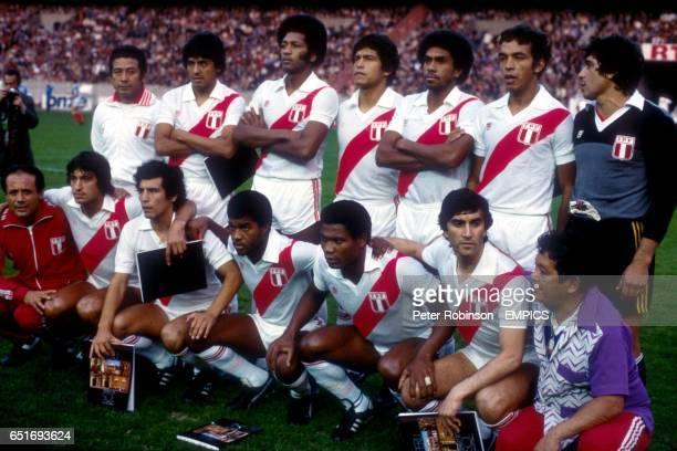 Peru team group