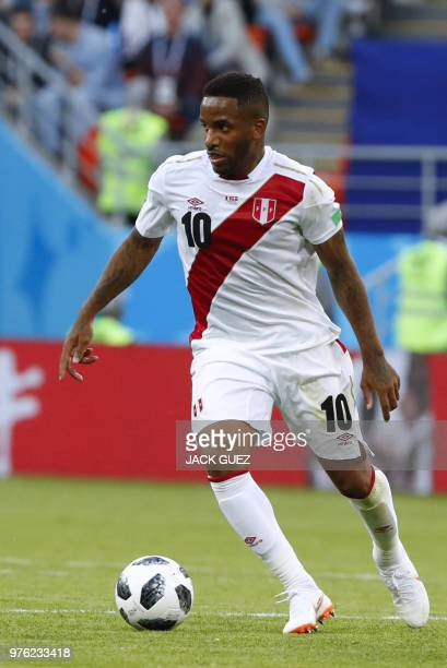Peru's forward Jefferson Farfan controls the ball during the Russia 2018 World Cup Group C football match between Peru and Denmark at the Mordovia...