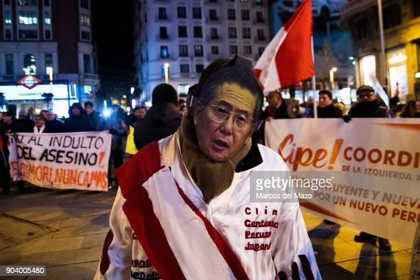 Peruvian community protesting against the pardon to Peruvian President Alberto Fujimori