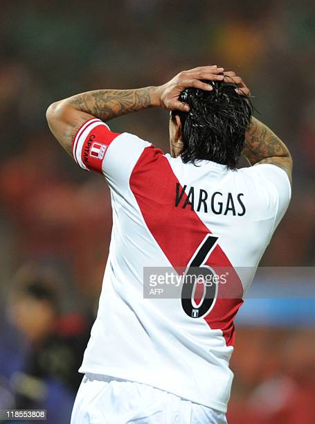 Peruvian midfielder Juan Vargas reacts after missing a goal against Mexico during a 2011 Copa America Group C first round football match held at the...
