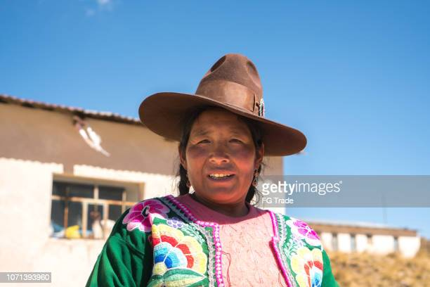 peruvian woman portrait - indigenous peoples of south america stock pictures, royalty-free photos & images