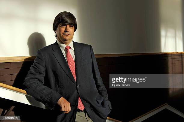 11 Jaime Bayly Portrait Session Photos And Premium High Res Pictures Getty Images By online studio productions and uncredited. https www gettyimages com photos jaime bayly portrait session