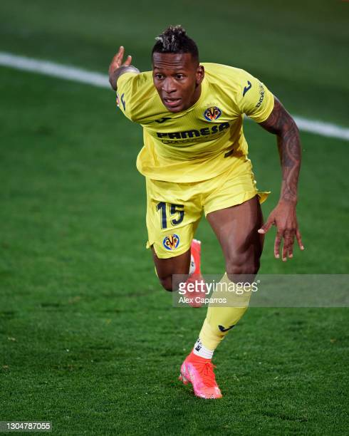 Pervis Estupinan of Villarreal CF runs during the La Liga Santander match between Villarreal CF and Atletico de Madrid at Estadio de la Ceramica on...