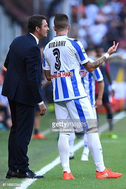 Pescara Calcio head coach Massimo Oddo issues instructions to Cristiano Biraghi during the Serie A match between Genoa CFC and Pescara Calcio at...