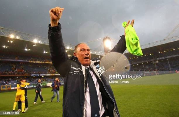 Pescara Calcio manager Zdenek Zeman celebrates after their promotion to Serie A after the Serie B match between UC Sampdoria and Pescara Calcio at...