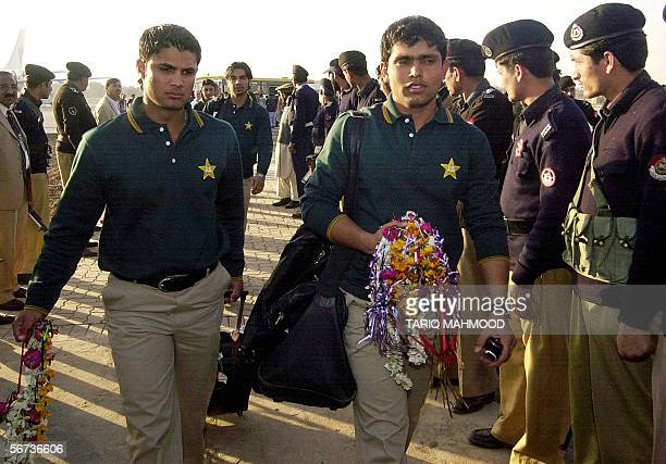 Pakistani cricketers Kamran Akmal and Imran Farhat arrive at the Peshawar airport 03 February 2006 Indian cricket captain Rahul Dravid said that his...