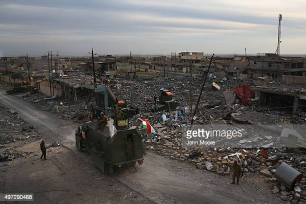Peshmerga forces take positions on November 15 2015 in Sinjar Iraq Kurdish forces with the aid of massive USled coalition airstrikes liberated the...