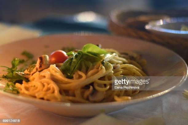 Pesto sauce spaghetti