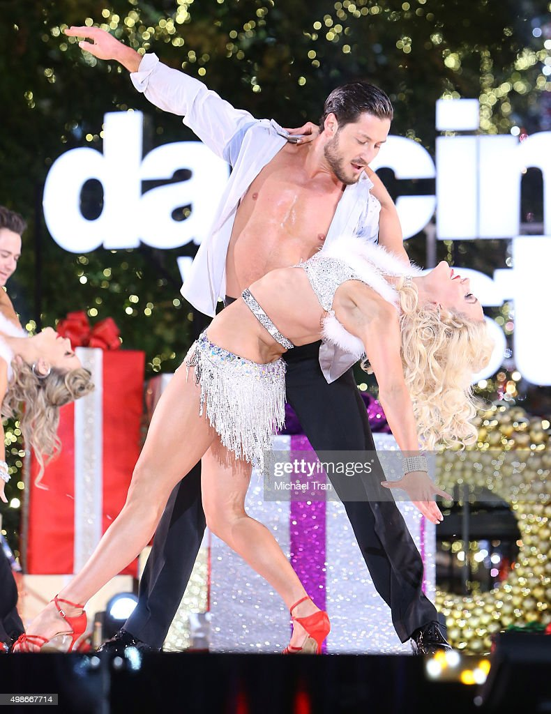 """ABC's """"Dancing With The Stars"""" Live Finale : News Photo"""