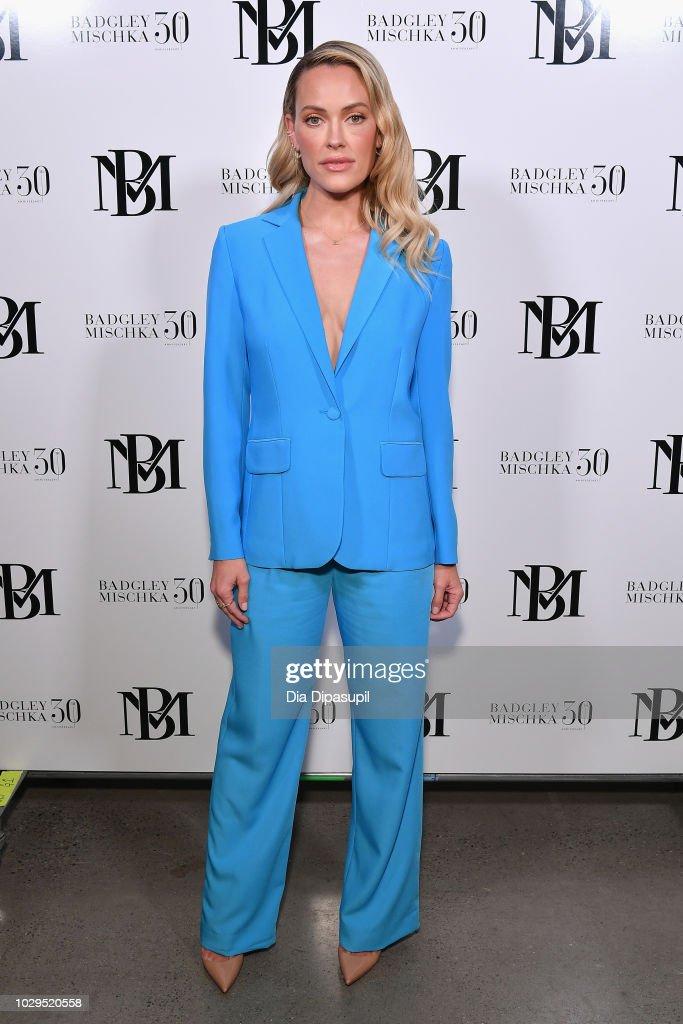 Badgley Mischka - Backstage - September 2018 - New York Fashion Week: The Shows : News Photo