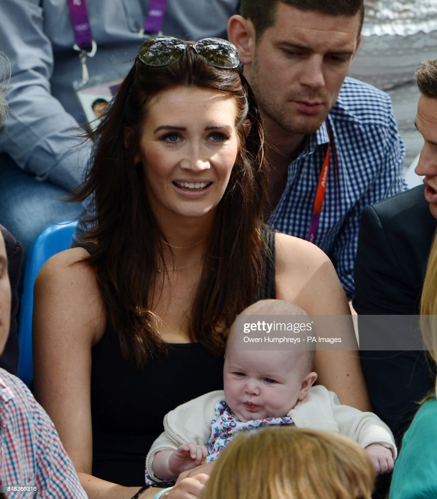 Peta Todd Friend Of Great Britain S Mark Cavendish Watches From The Stands With Daughter Delilah