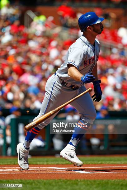 Pete Alonso of the New York Mets hits a home run against the St Louis Cardinals in the first inning at Busch Stadium on April 21 2019 in St Louis...