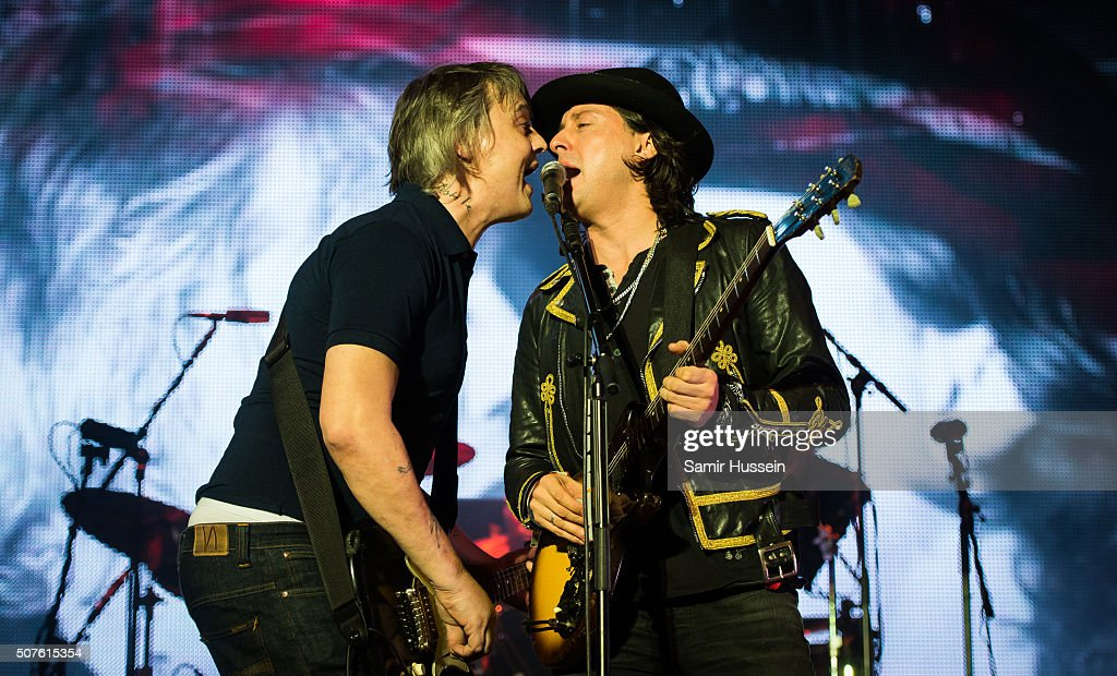 Pete Doherty and Carl Barat of The Libertines perform at The O2 Arena on January 30, 2016 in London, England.