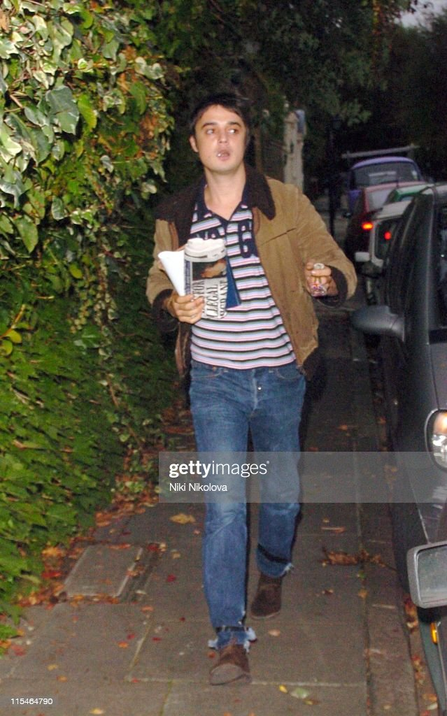 Pete Doherty during Pete Doherty Arrives at Kate Moss's Home - October 27, 2006 in London, Great Britain.