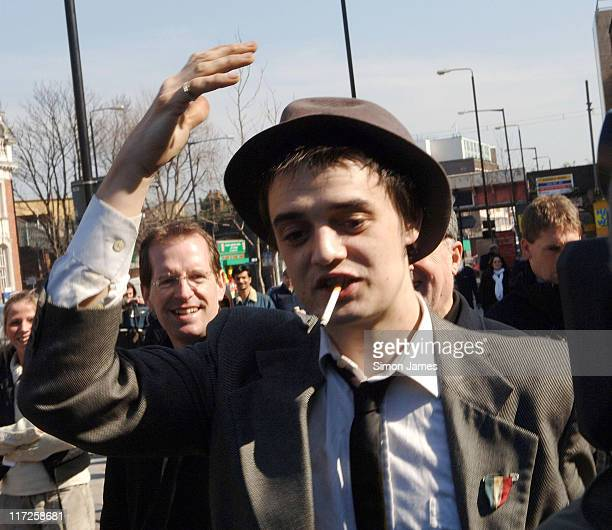 Pete Doherty leaves Thames Magistrates Court during Pete Doherty Charged with Drug Possession - March 23, 2006 in London, Great Britain.
