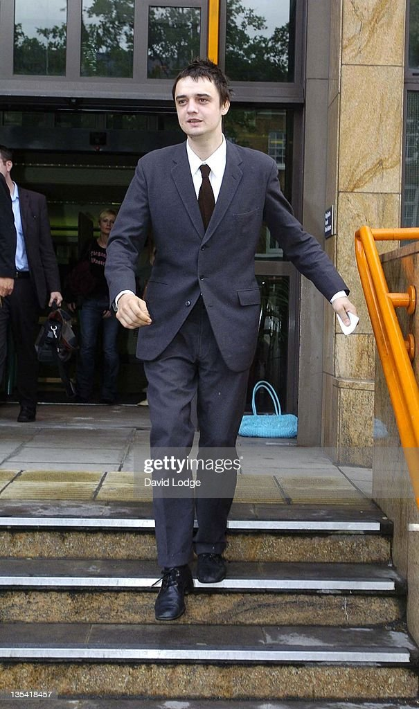 Pete Doherty of The Libertines Attends his Preliminary Hearing on Possession of an Offensive Weapon - August 17, 2006