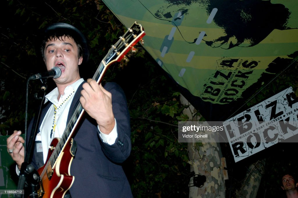 Babyshambles Live in Ibiza at Bar M - September 16, 2005