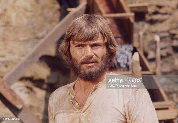 Pete Duel appearing in the Walt Disney Television via Getty Images series 'Alias Smith and Jones' episode 'Smiler with a Gun'