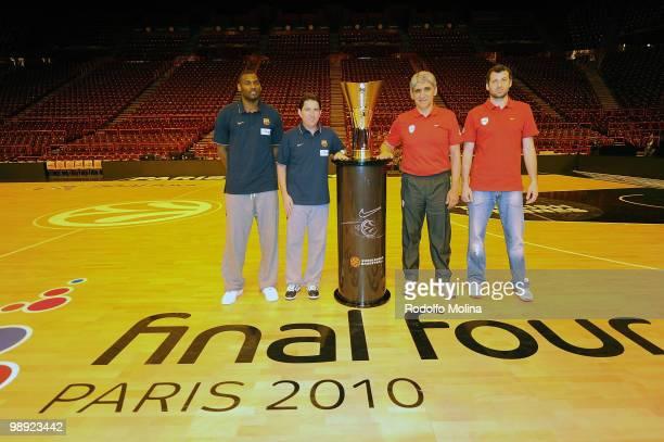 Pete Mickeal, #33 of Regal FC Barcelona, Xavier Pascual, Head Coach, Panagiotis Giannakis, Head Coach of Olympiacos Piraeus and Theodoros Papaloukas,...