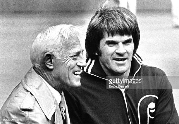 Pete Rose of the Philadelphia Phillies talks with former manager Sparky Andeson, now of the Detroit Tigers, before Game 1 of the 1980 World Series on...