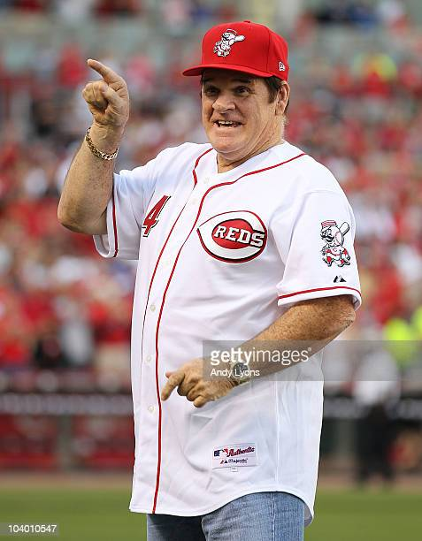 Pete Rose takes part in the ceremony celebrating the 25th anniversary of his breaking the career hit record of 4192 on September 11 2010 at Great...