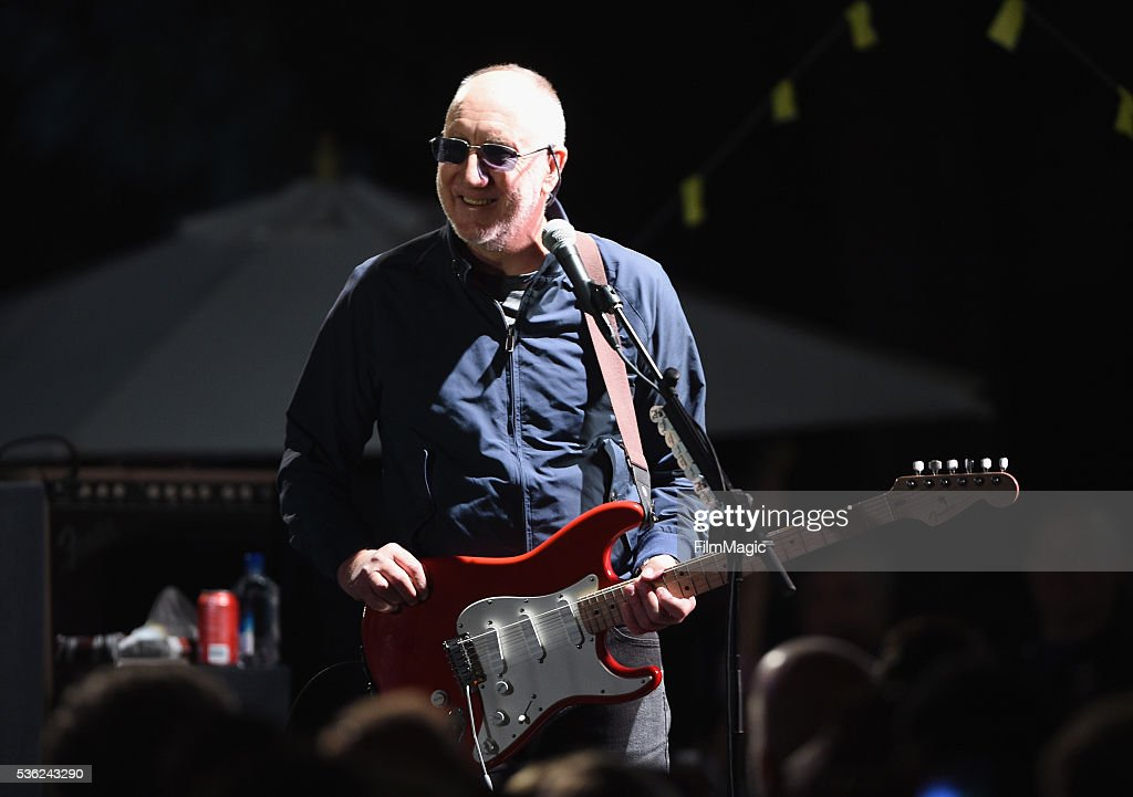 Pete Townshend performs onstage at WHO Cares About The Next Generation at a private residence on May 31, 2016 in Pacific Palisades City.