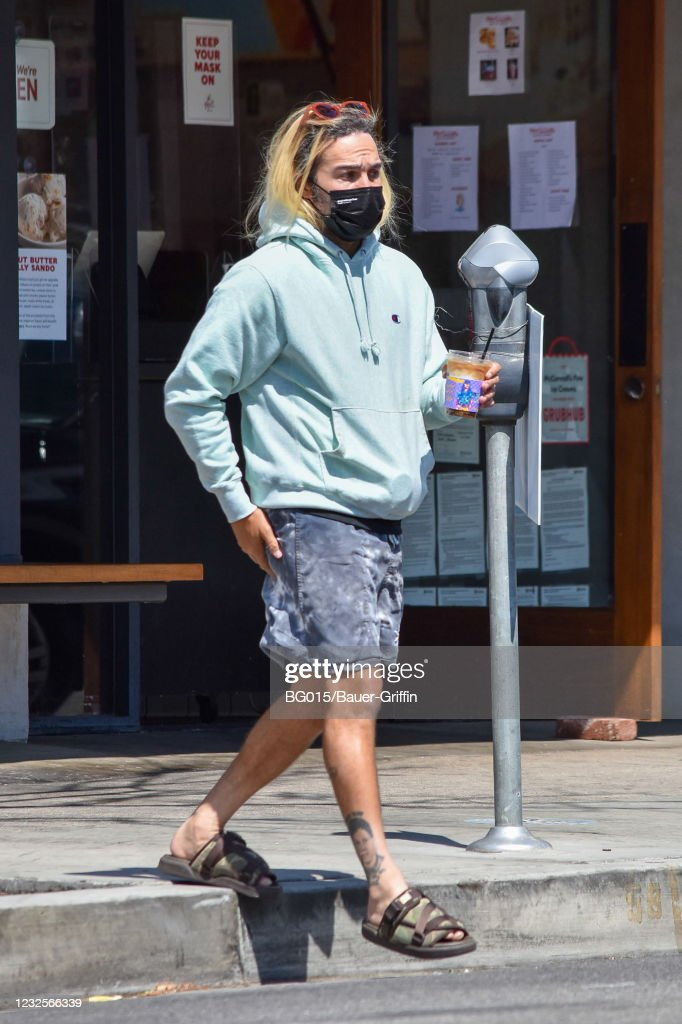 Celebrity Sightings In Los Angeles - April 27, 2021 : News Photo