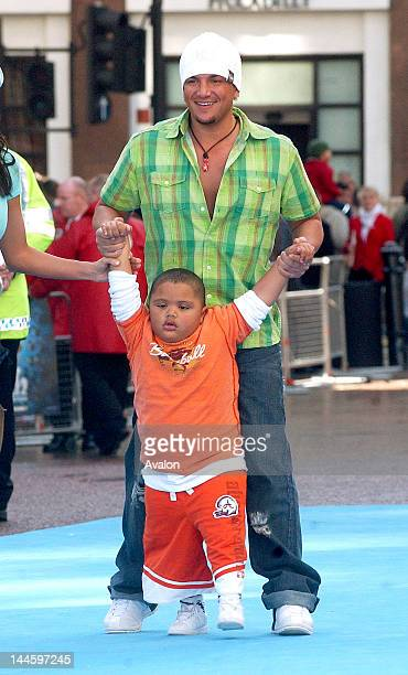 Peter Andre and son Harvey attending Ice Age 2 The Meltdown Premiere Empire Leicester Square London April 3 2006 Job 11473