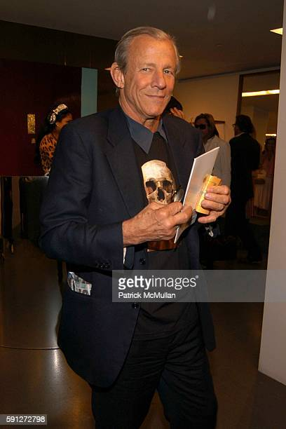 Peter Beard attends Madison Avenue Where Fashion Meets Art at Dolce Gabbana on April 28 2005 in New York City