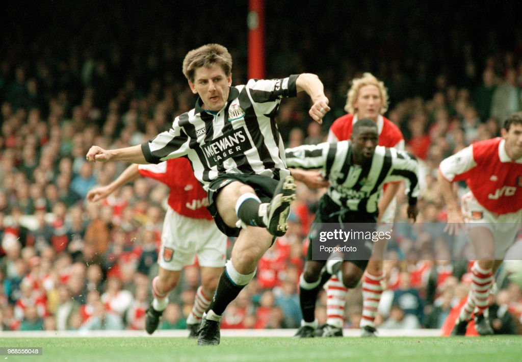 Arsenal v Newcastle United - FA Carling Premiership : News Photo