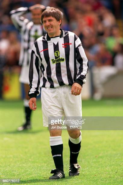 Peter Beardsley playing for Ant and Dec's team