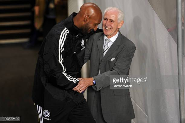 Peter Bonetti former Chelsea player attends the Barclays Premier League match between Chelsea and Everton at Stamford Bridge on October 15 2011 in...