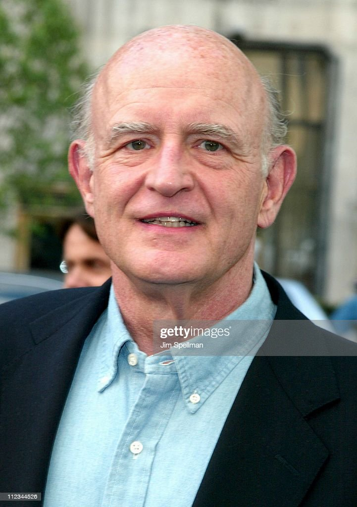 Peter Boyle during New York Premiere of 'Hollywood Ending' at Chelsea West Theatre in New York City, New York, United States.