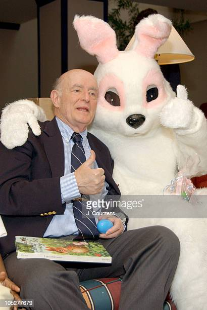 Peter Boyle with the Easter Bunny at the Ronald McDonald House