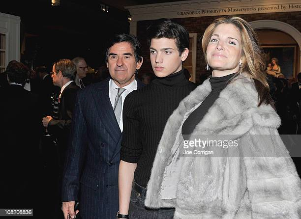 Peter Brant Peter Brant II and Stephanie Seymour attend the opening night of the 57th annual Winter Antiques Show at the Park Avenue Armory on...