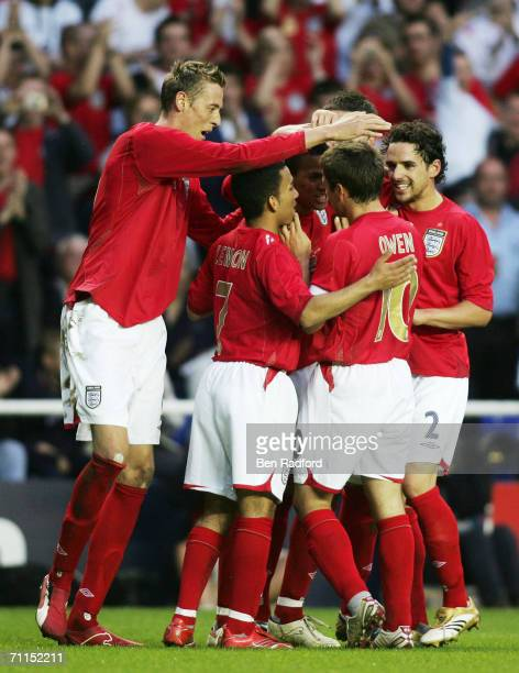 MAY Peter Crouch Aaron Lennon Michael Owen Owen Hargreaves celebrate a goal during the International friendly match between England B and Belarus at...