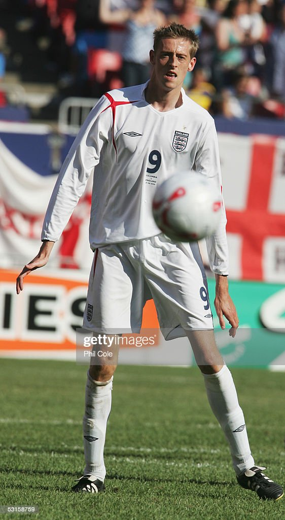Peter Crouch of England in action during the international friendly match between England and Colombia held at Giants Stadium on May 31, 2005 in East Rutherford, New Jersey.